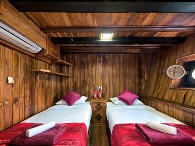 Deluxe Cabin (Twin)
